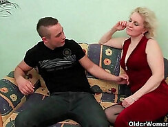 Cum-addicted mom Kayla West needs to ride a tasty dick