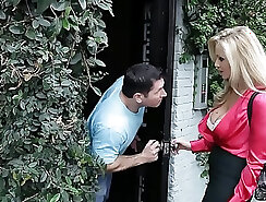 Back alley money is king for cute and smothering MILF