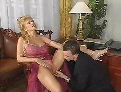 Camera Girl Masturging On Omegle