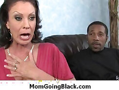 CD ACOS KANDE FUCKING HER BLACK MOM IN HAIRY PUSSY