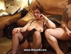 Amateur mature is having wild orgy