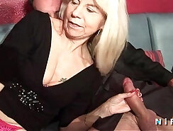 Blond laid older woman double penetrated