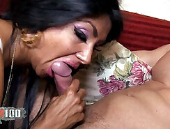 Arab Sluts And Their Smart Dick In A Hot Threesome